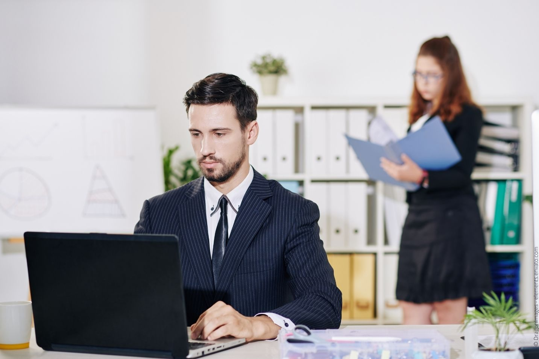 Vorteile digitales Dokumentenmanagement - Contra mangelnde Akzeptanz bei Mitarbeitern